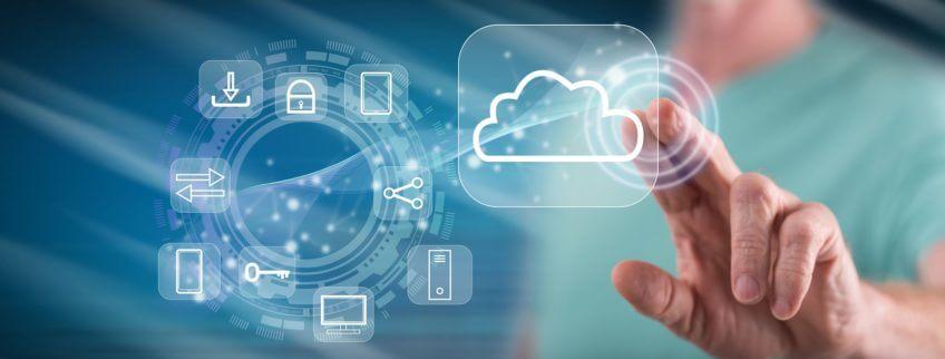 Symbolisch Cloud / Wolke als Zentrum der IT